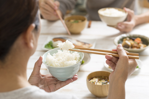 女性日本食